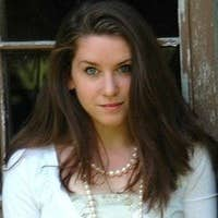 Amber Whitney's avatar